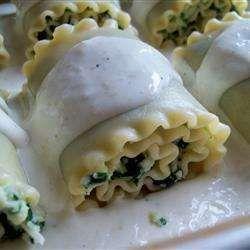 Florentine spinach and ricotta lasagne rolls