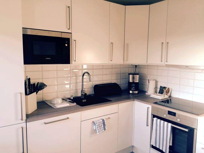 Lyst og lekkert #kjøkken etter #renovering.