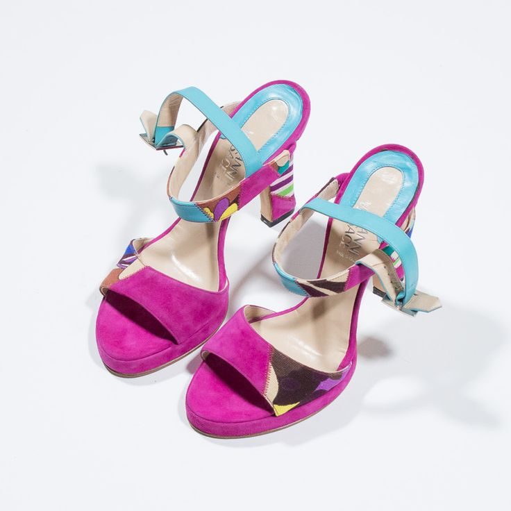 ✦ CLICK TO BUY ✦ VERSACE - Sandali in suede fucsia - Suede pink sandals - vintage clothing & accessories