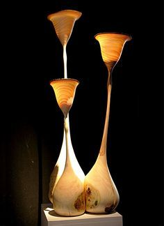 Gedrechselte Lichtobjekte aus Eschenholz       Gruppe 95cm hoch    2200€