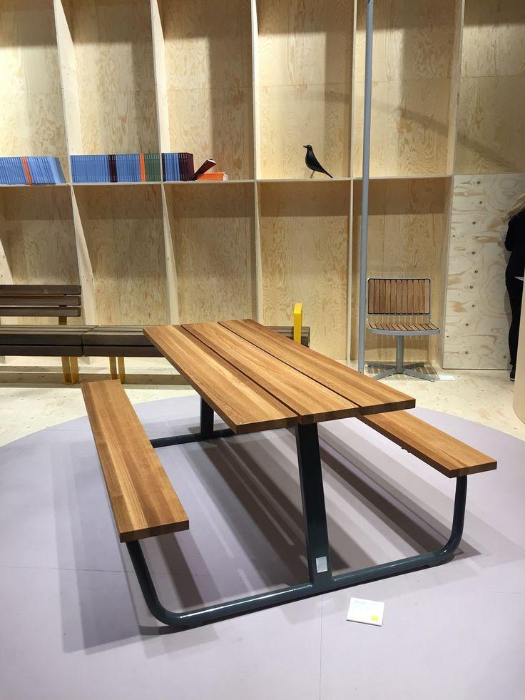 Stockholm Furniture Fair - vestre Picknick Table