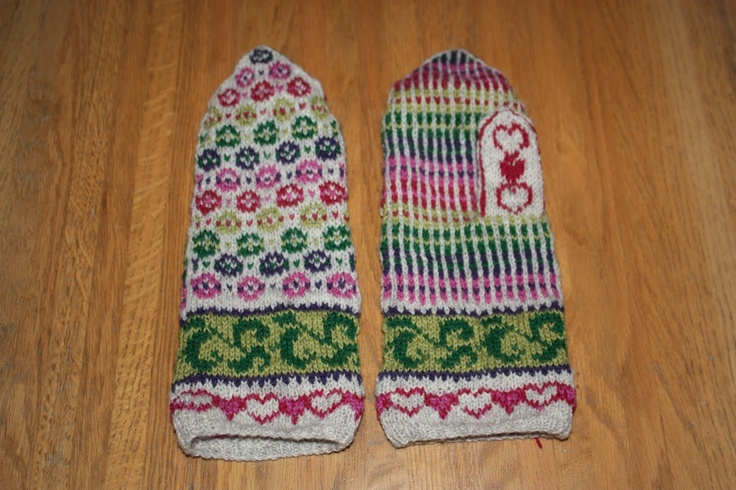 Ulla's Mittens pattern made by Anne Abrahamsen.