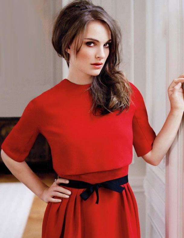 Natalie Portman. Bilingual, Harvard graduate, activist, actress...