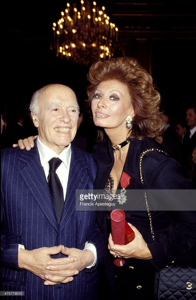 Paris, France -- 19 December 1991, Sophia Loren and Carlo Ponti at the Elyses Presidential Palace. Loren was decorated by French president Franois Mitterrand with the Legion of Honor.,