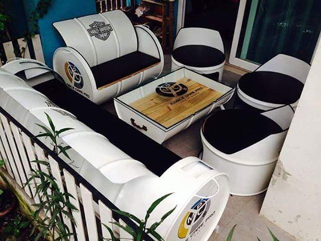 Drum furniture.   Cocok untuk rumah, cafe, bengkel, workshop, kantor, dll.  For more information please   Line : barotosuryo  Wa : 08562959141    #drum #furniture #sofa #sofadrum #perabotrumah #kursi #kursitamu #mejakursi #kursitaman #sofaofinstagram