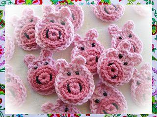 Pigs Appliques Crochet Pattern by Maria Manuel