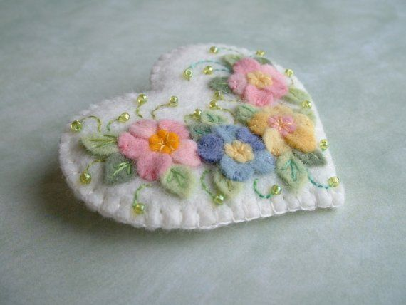 Felt Applique Flower Heart Pin by Beedeebabee on Etsy