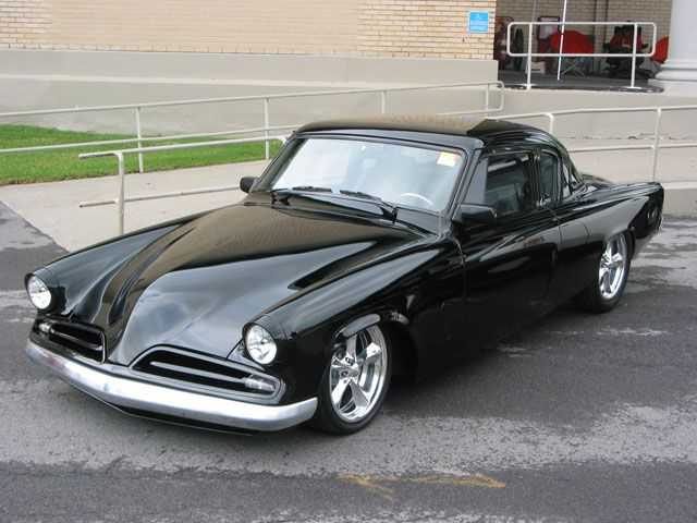 1953 Studebaker Photo 1....that's one fuckable car