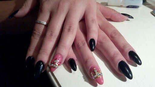 Black#hand painted#,crown#swarovski#❤#