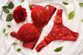 Vermelho é a cor da sedução, e qualquer mulher fica mais sensual com uma bela lingerie vermelha.  Pura Sedução!  Para a mulher ousada e que deseja  seduzir, não existe nada melhor do que a lingerie vermelha.