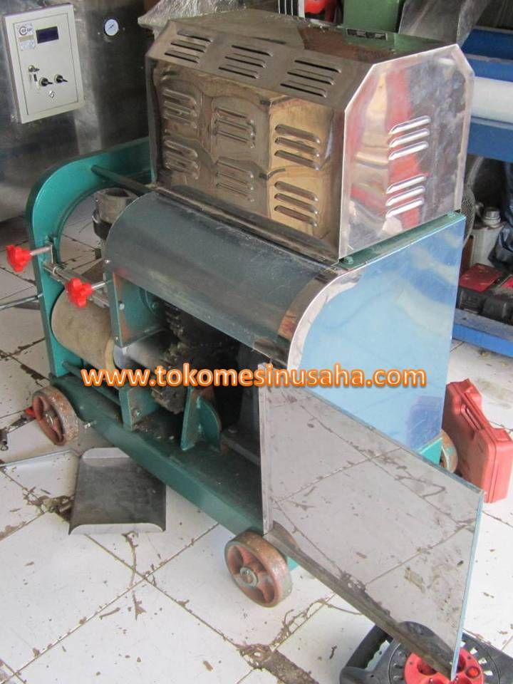 Mesin Fish Bone Separator adalah mesin yang digunakan untuk memisahkan tulang atau duri ikan dari dagingnya. Mesin ini sangat cocok untuk anda yang memilik bisnis dengan bahan dasar ikan seperti nugget ikan, bakso ikan, sosis ikan kerupuk ikan dan lainnya. Spesifikasi : Dimensi     : 80 x 60 x 86 cm Kapasitas   : 200 Kg / jam Power         : 1500 W Daya           : 220 V / 50 Hz Berat          : 190 Kg