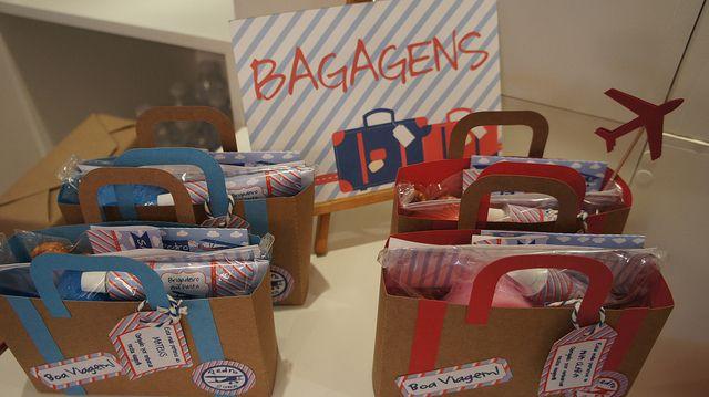 Bagagens! Malinhas de viagem como lembrancinhas.  032 by PraGenteMiúda, via Flickr