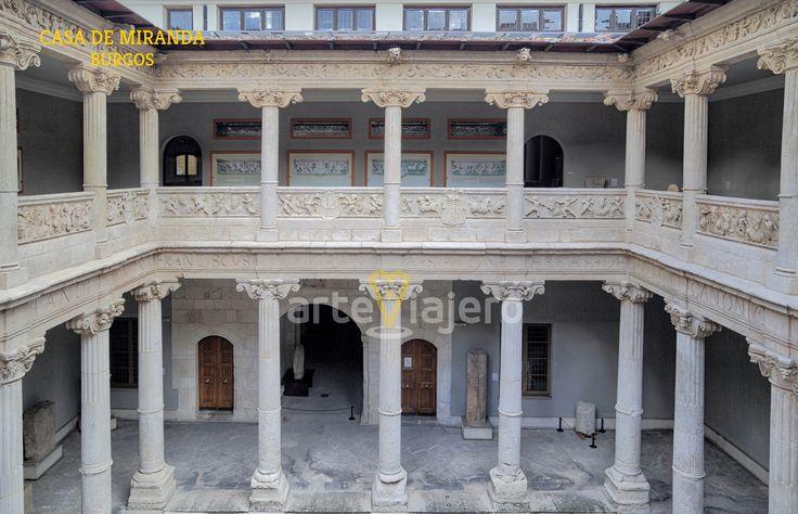 Casa de Miranda, Museo de Burgos. Patio Renacentista http://arteviajero.com/