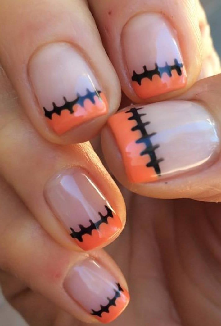 14 Scarily Easy Halloween Nail Art Ideas Halloween Nails Easy Cute Halloween Nails Halloween Nail Art Easy