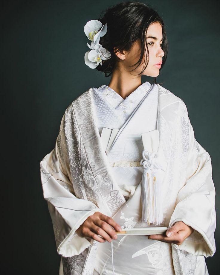 伝統の白無垢。 まとめすぎないヘアスタイルに蘭のヘアコサージュがコケティッシュなスタイルです。  #CUCURU #花嫁 #花嫁着物 #着物小物#和婚 #着物 #白無垢 #引き振袖 #色打掛  #kimono #wedding #WeddingStyling #Styling #ideas #bride #bridestyle  #結婚式 #hair #make  #ヘアメイク #ヘアアレンジ #originalwedding #happy #cute #beautiful #colorful #japan #tokyo #weddingdecoration #instapic 2016.2.17 NO.414