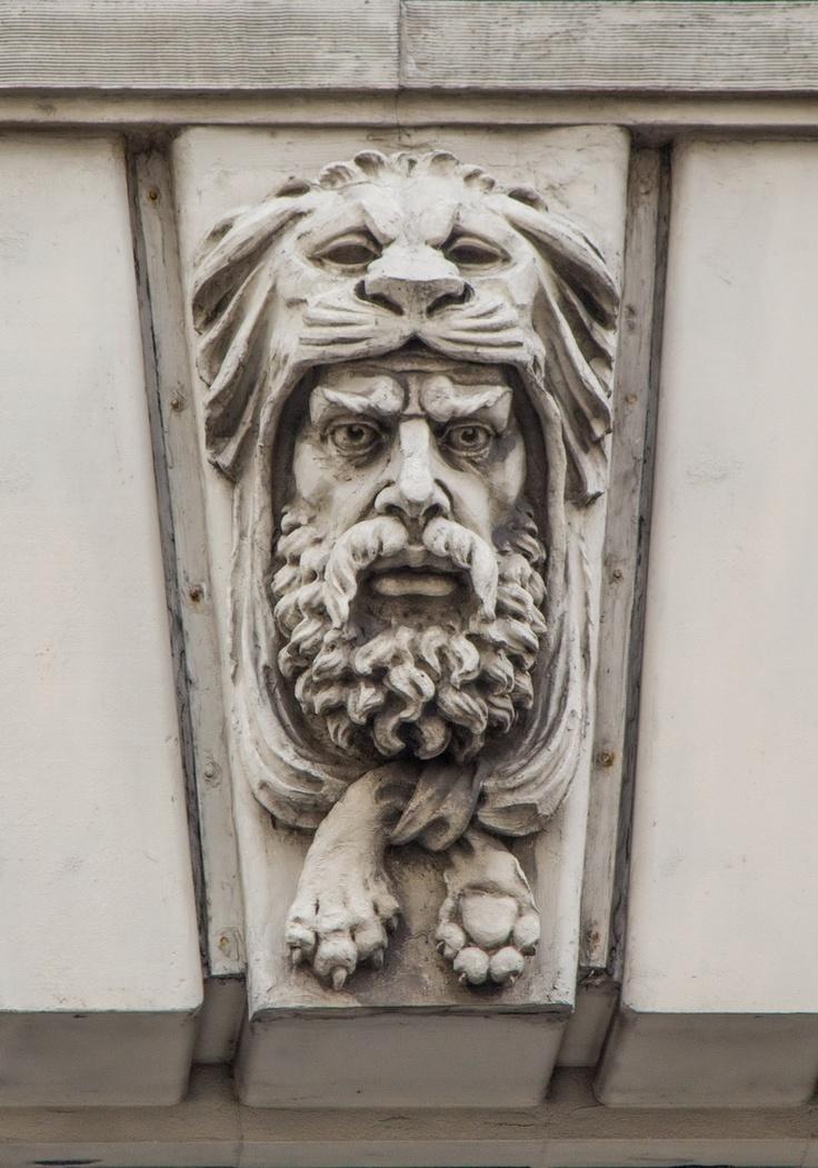 Lion King? 315 Park Avenue South
