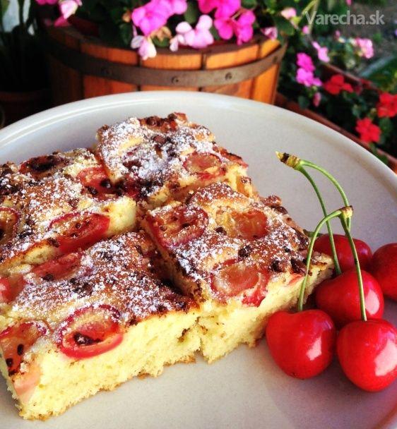 Čerešňová bublanina s čokoládou (fotorecept) - Recept