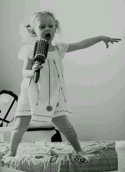 Sometimes when everything is driving you crazy,  you just got to SING!