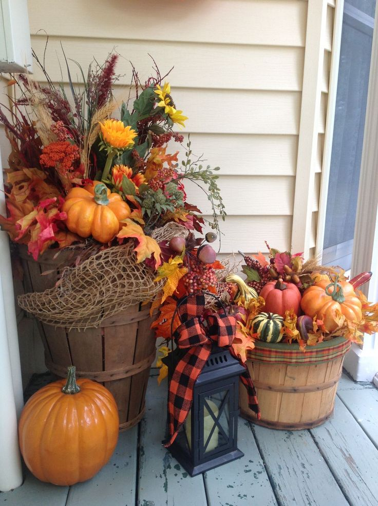 the chic technique baskets full of fall flowers and pumpkins - Decorating For Fall