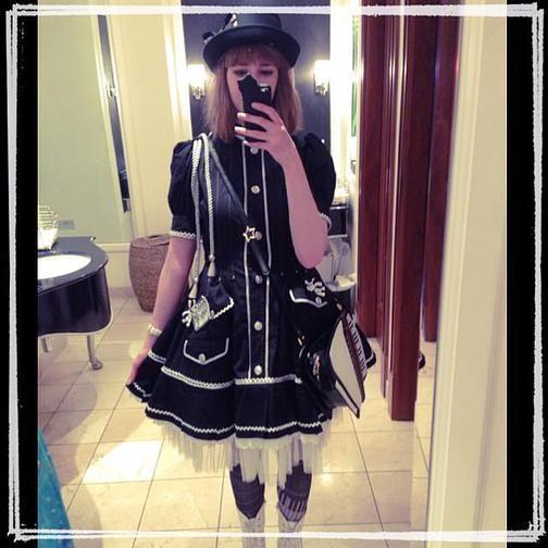 Curious Wendy | The Travelling Lolita | London: Krad Lanrete Spring Tea Party