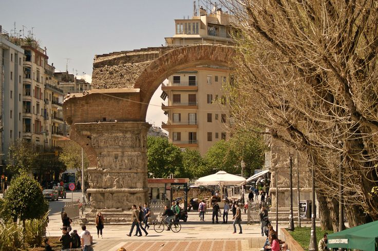Galerius Arch or Kamara as all Thessalonians call it was built in 305 as a part of the Galerius Complex and is a triumphant arch celebrating the victory of the Roman Empire against the Persians. (Walking Thessaloniki, Route 04 - Galerius)