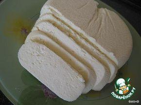 АДЫГЕЙСКИЙ СЫР (БЕЗ ЯИЦ И УКСУСА). Сыр готовится очень легко и просто, получается вкусным, а главное что никаких яиц!     Молоко пастеризованное—3 л Кефир—1 л Соль—1-2 ч. л.   Сначала нам нужно сварить сыворотку из к…
