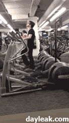 """""""Me when my jam comes on in the gym"""" ACTUALLY THE BEST GIF IVE EVER SEEN HAHAHAHHAHAHAHAHAHAHHAHAHA DYING"""