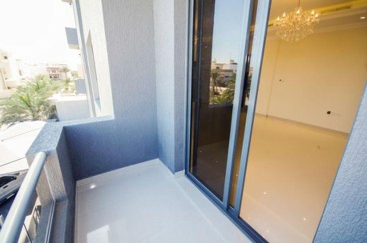 Brand new, big 4 bdr apt with balcony in Jabryja