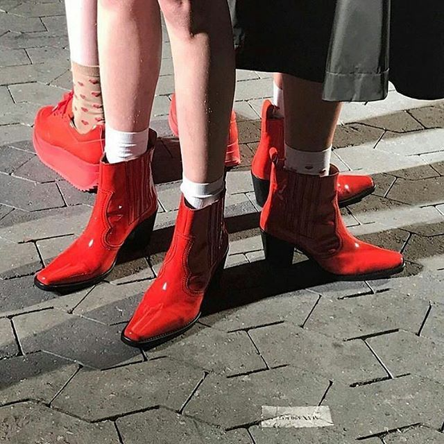Cheerful red boots to take us into Spring  -------------------------------------------------------------------------- @Regrann from @pied_de_poule - There's just something about red shoes #today #fashionshow #Ganni #sneakpeek #FW2017  #LoveSociety #YesPlease   binnenkort levert Ganni hun nieuwste collectie #Summer 17 @pied_de_poule  #excited! #fashionneversleeps - #regrann  via VOLT MAGAZINE OFFICIAL INSTAGRAM - Celebrity  Fashion  Haute Couture  Advertising  Culture  Beauty  Editorial…