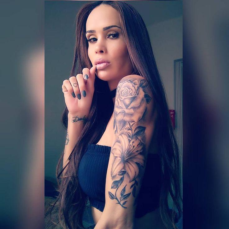 Nicole Matarazzo ist höllisch heiß, besonders wenn sie ihren Zauberstab greift