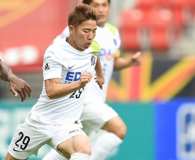 【J1】武藤弾及ばず… U-22代表・浅野のリーグ戦初ゴールで広島がFC東京に勝利! | サッカーダイジェストWeb