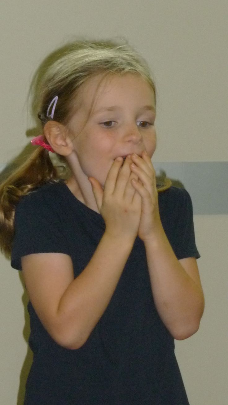 Youth Theatre ages 5 - 7. Showing the emotion of fear