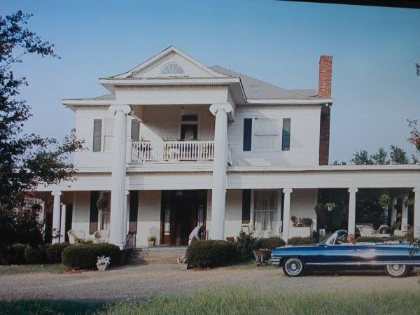 Home from the Movie 'The Help' - Skeeter Phelan large southern house.  A classic white-columned Antebellum Southern mansion.  Love the old cars they show throughout the movie.  The house is located at 7300 County Road 518 (MoneyRoad), but the interior was filmed at The Franklin residence at 613 River Road, Greenwood, Mississippi.