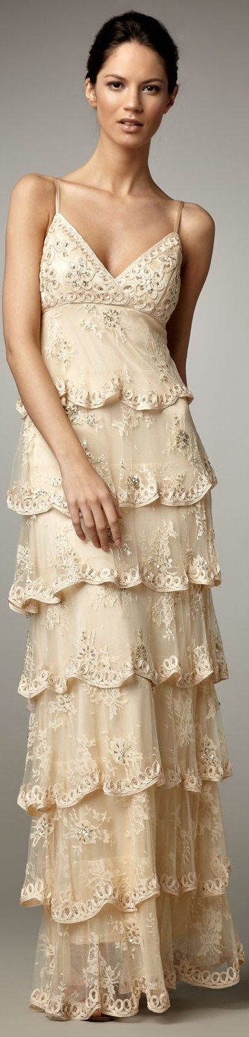 Sue Wong, beautiful tiered lace gown~❥