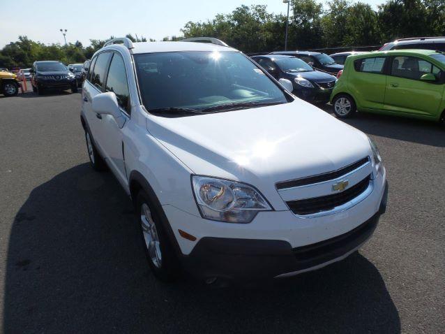 2014 Chevrolet Captiva Sport LS $14,599* Mileage 40K 10-15kcost ; 40-45kmiles
