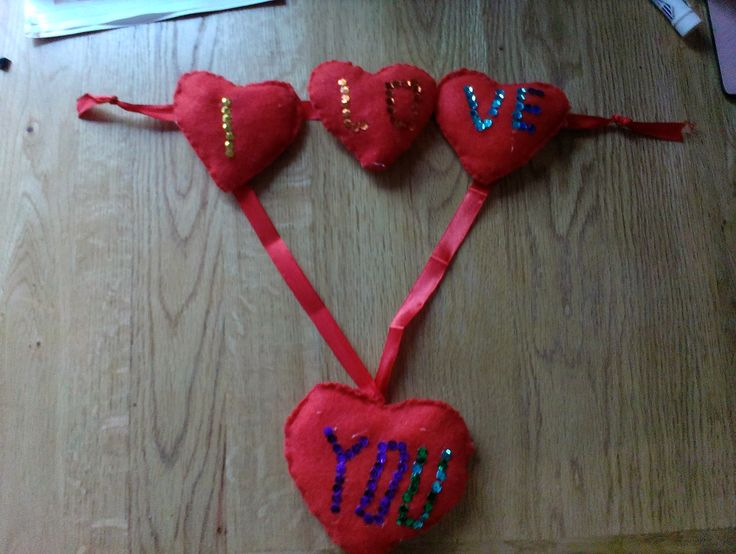 Valentines day hearts felt