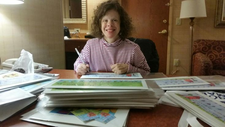 She's 26, Lives With Williams Syndrome and Has Her Own Successful Business Selling Art