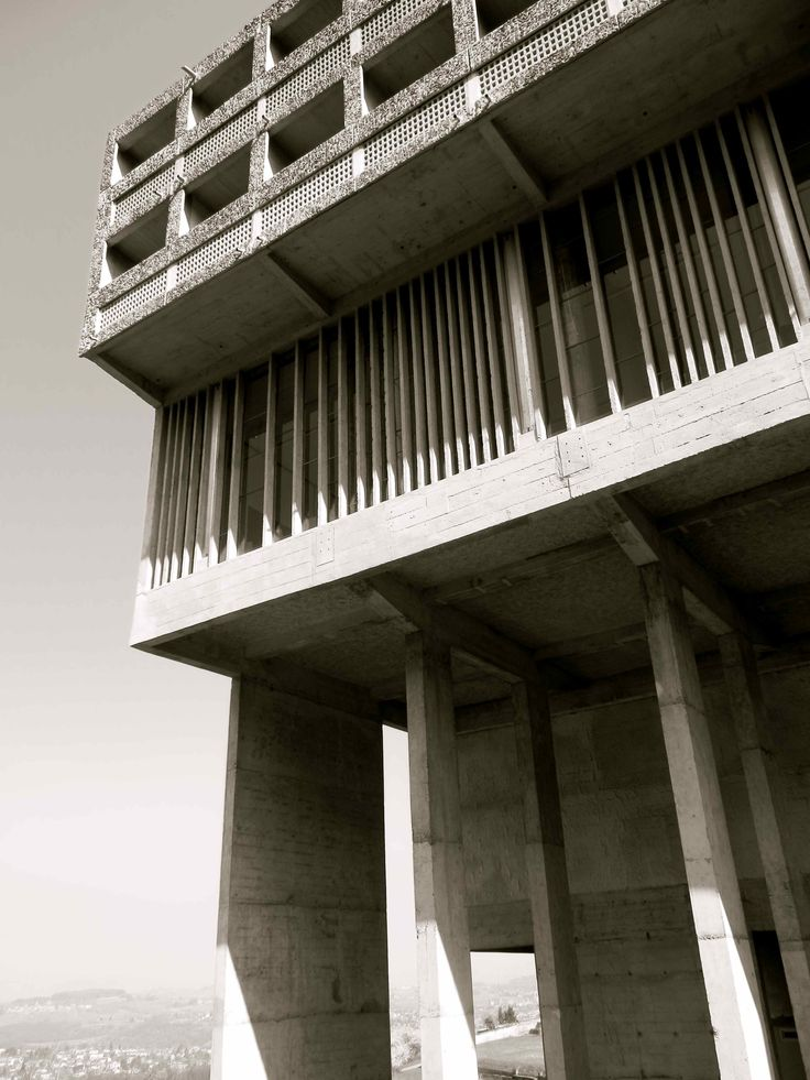 27 best le corbusier architecture images on pinterest le for Famous minimalist buildings