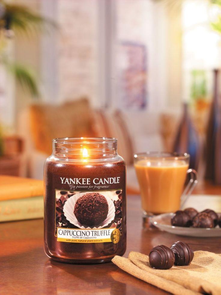 Cappuccino Truffle captura el aroma del café y el chocolate en una maravillosa trufa de cappuccino, un olor irresistible que seguro que os encantará...