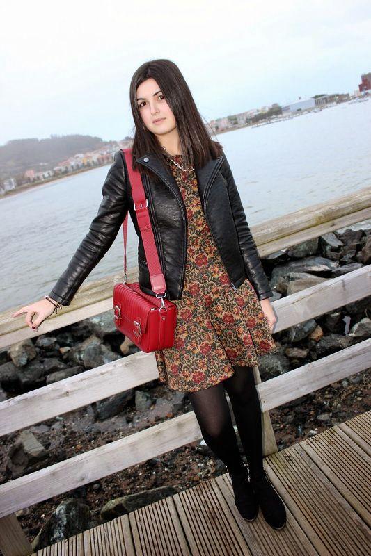 """Más estampado barroco - As first seen on blog """"Lluvia Acida"""" here: Más estampado barroco She is wearing tights similar here: Black Opaque Tights"""