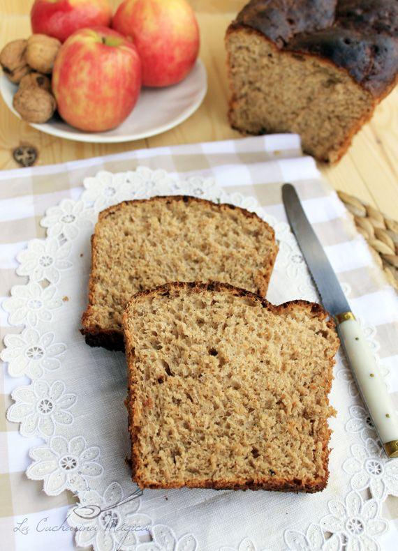 Pan de molde integral con manzana, zanahoria, yogur y nueces