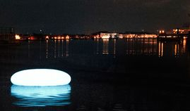 ORB LIGHT   out-sider, urban space, outdoor, plastic, polyethylene, lighting, interaction, colourful, by www.out-sider.dk