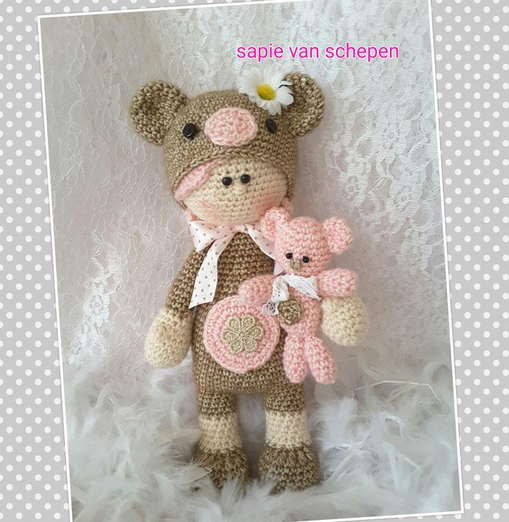 https://www.etsy.com/nl/listing/259661688/honing-de-teddybeer-meisje-amigurumi-pdf?ref=shop_home_feat_3