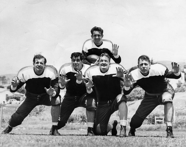 LA's Professional Football Heyday...Los Angeles doesn't have an NFL team, but it's not for lack of trying. Maybe the city wants it so bad because...