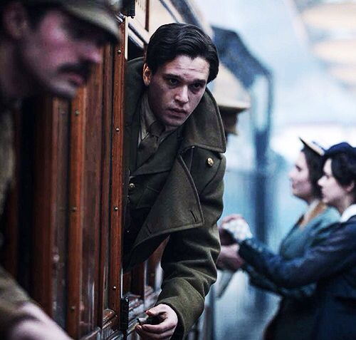 Kit in his new movie, Testament of Youth.