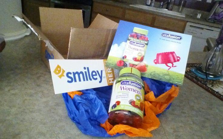 Free  #vitafusion women's Gummy vitamin from @smiley360 .. love it!!