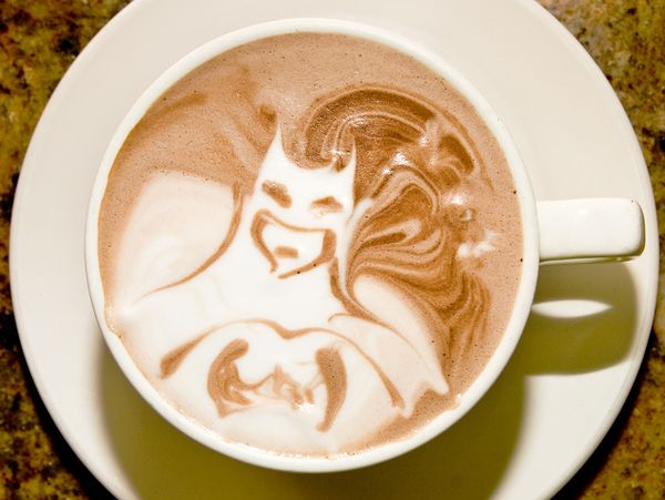 batman coffee: Latte Art, Knights, Coffeeart, Batman, Superheroes, Super Heroes, Drinks, Memorial Art, Latteart