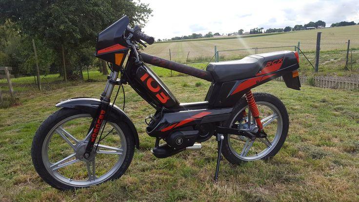 103 RCX air noir / rouge