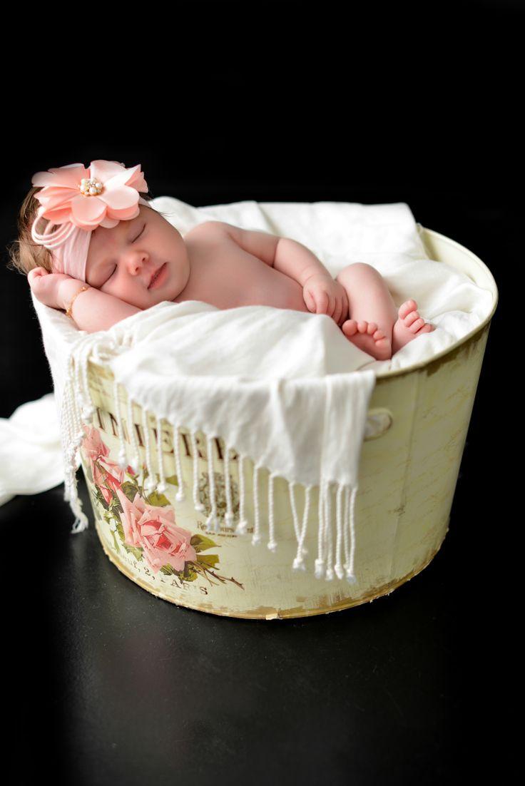 Foto de Criança Recém Nascida