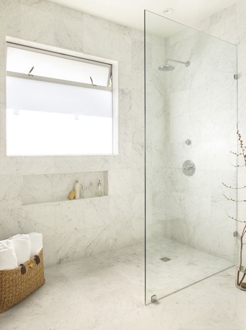 Less is MORE! So clean and serene. Montage: Walk in Showers with Frameless Glass Partitions | StyleCarrot